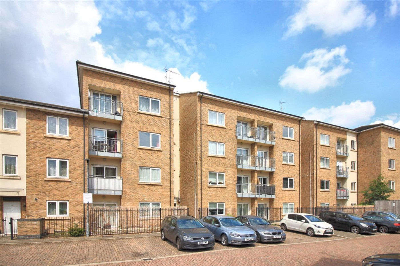 Images for Gateway Court, Convent Way, Southall, UB2